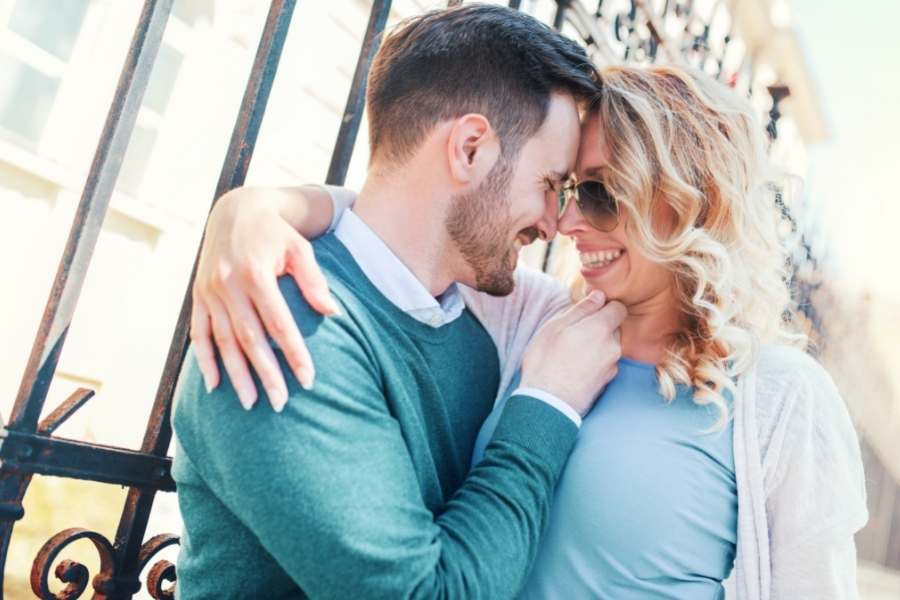 The 2021 2022 Fashion Trends – Modern Trends for a Successful Date