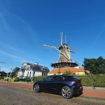 Jaguar-IPACE-SUV-Holland-review--23