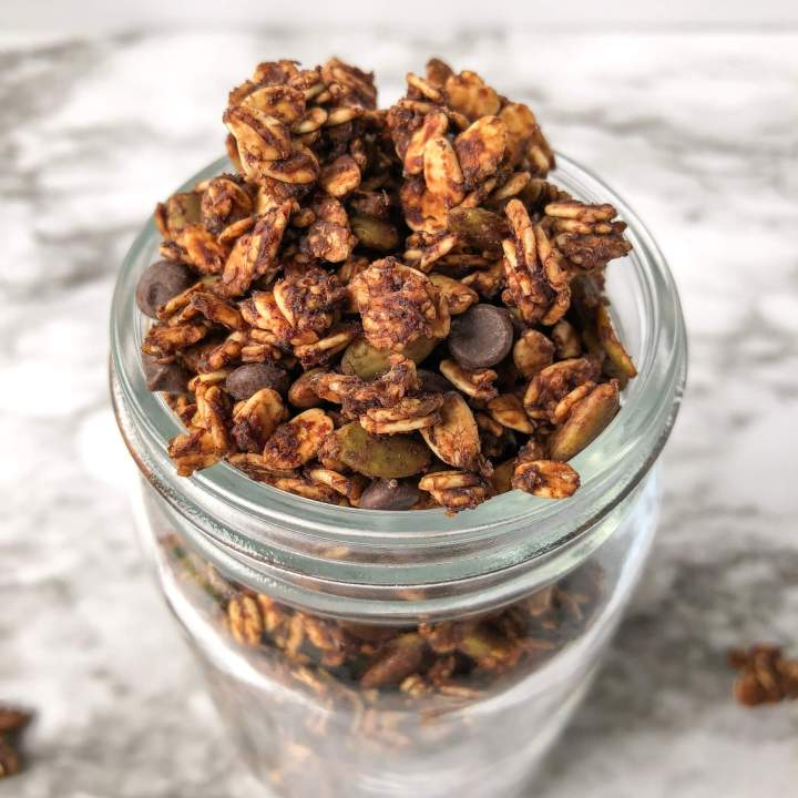 chocolate granola recipe image