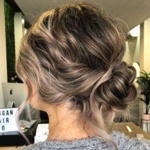 Peinado recogido cabello corto