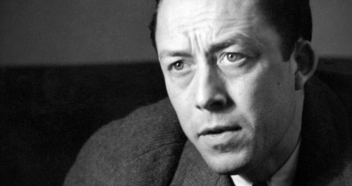 La Felicità è sulla Luna – L'assurdo Caligola di Albert Camus