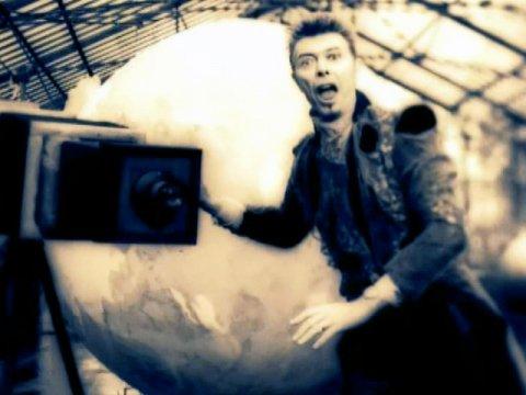 """Gli anni """"acidi"""" e sperimentali di David Bowie"""