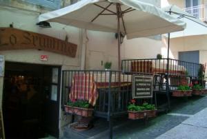 Trattoria lo Spuntino - Via Oratorio, 1, Roma Castel Gandolfo