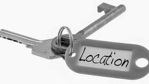 """services : clés avec une étiquette """"location"""""""