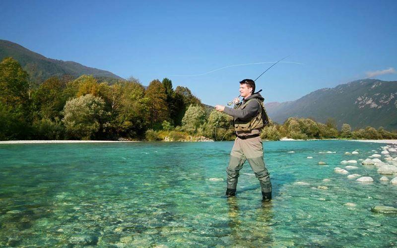 Pesca en Eslovenia. Rio Soca