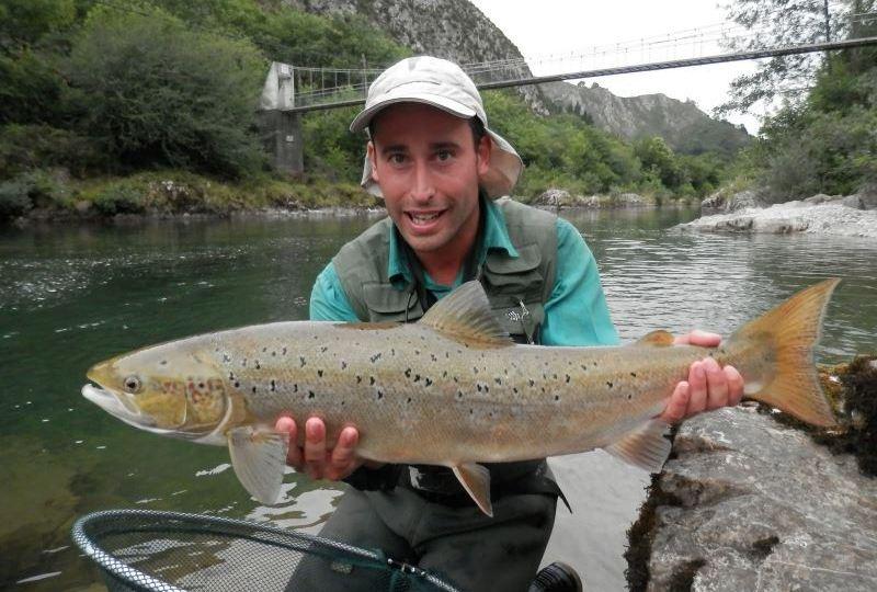 Pescar en Galicia es sinónimo de salmónidos