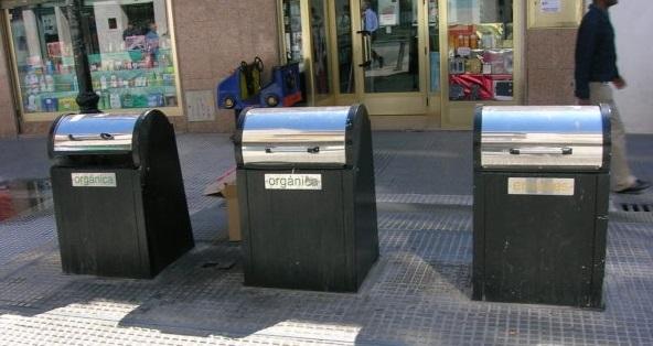 Contenedores-subterraneos-mafia-del-carton