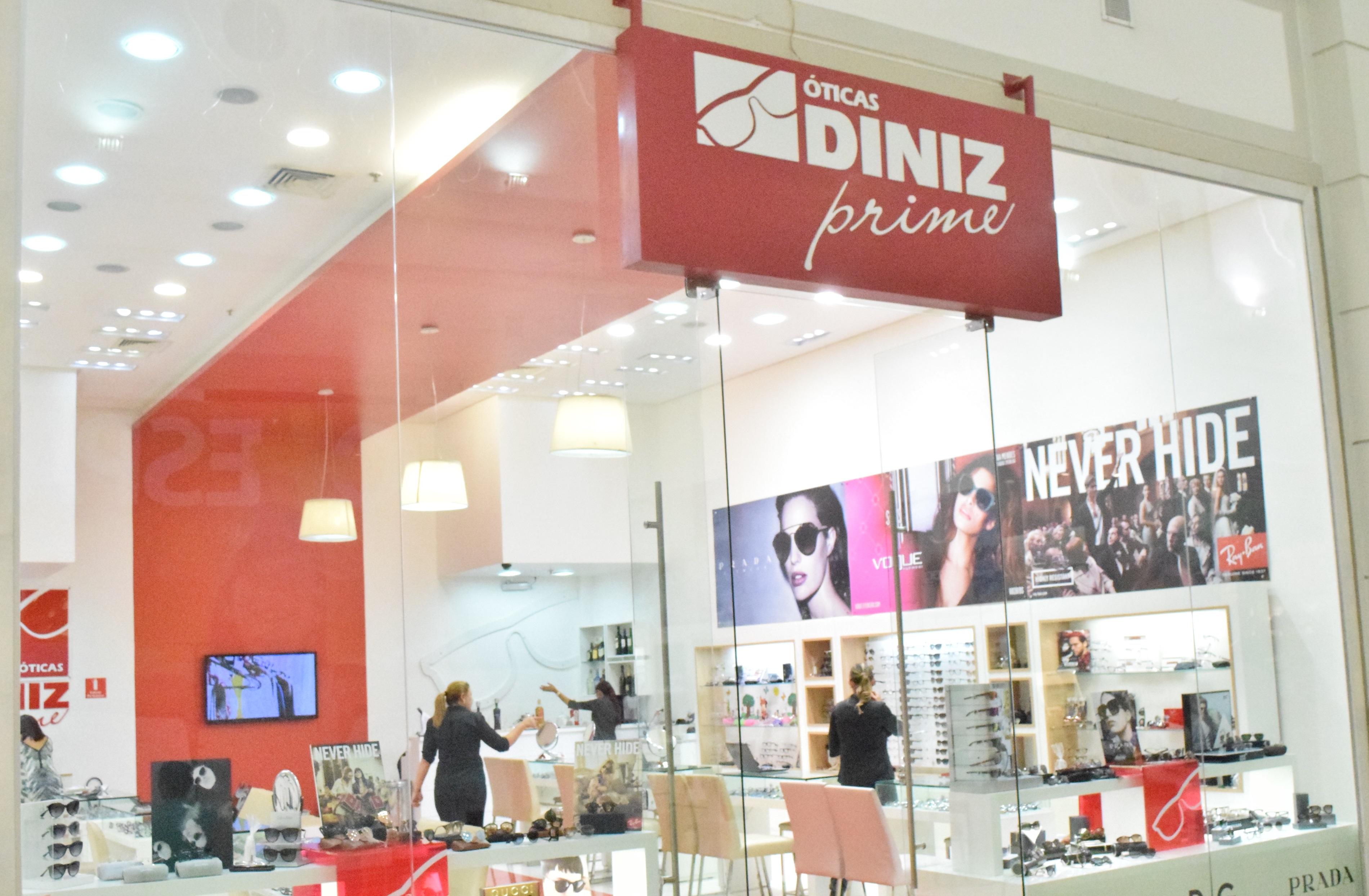7835ea38a Óticas Diniz inaugura loja conceito em São José dos Campos ...