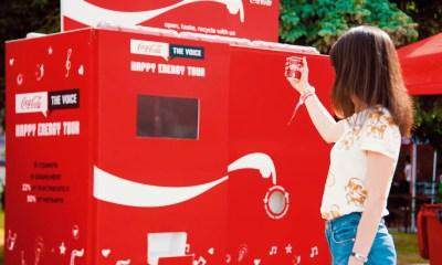 Coca Cola transforma su logo para esta campaña de reciclaje