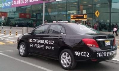 Perú cuenta con su primer plan piloto de taxis eléctricos