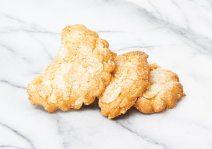 Almond Crescent Cookie