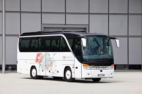 Jubiläum: 65 Jahre Setra Clubbusse Foto: Ein Setra TopClass S 411 HD (2010)