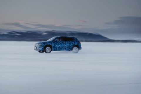 Der Mercedes-Benz EQA auf Wintererprobung in Schweden