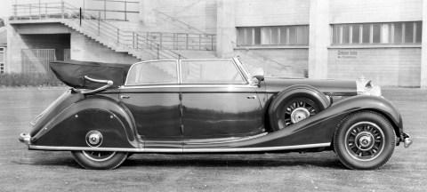 """Rollende Pracht: Der Repräsentationswagen Typ """"Großer Mercedes""""Foto: Cabriolet D aus dem Jahr 1937 mit Verkleidung der Hinterräder"""