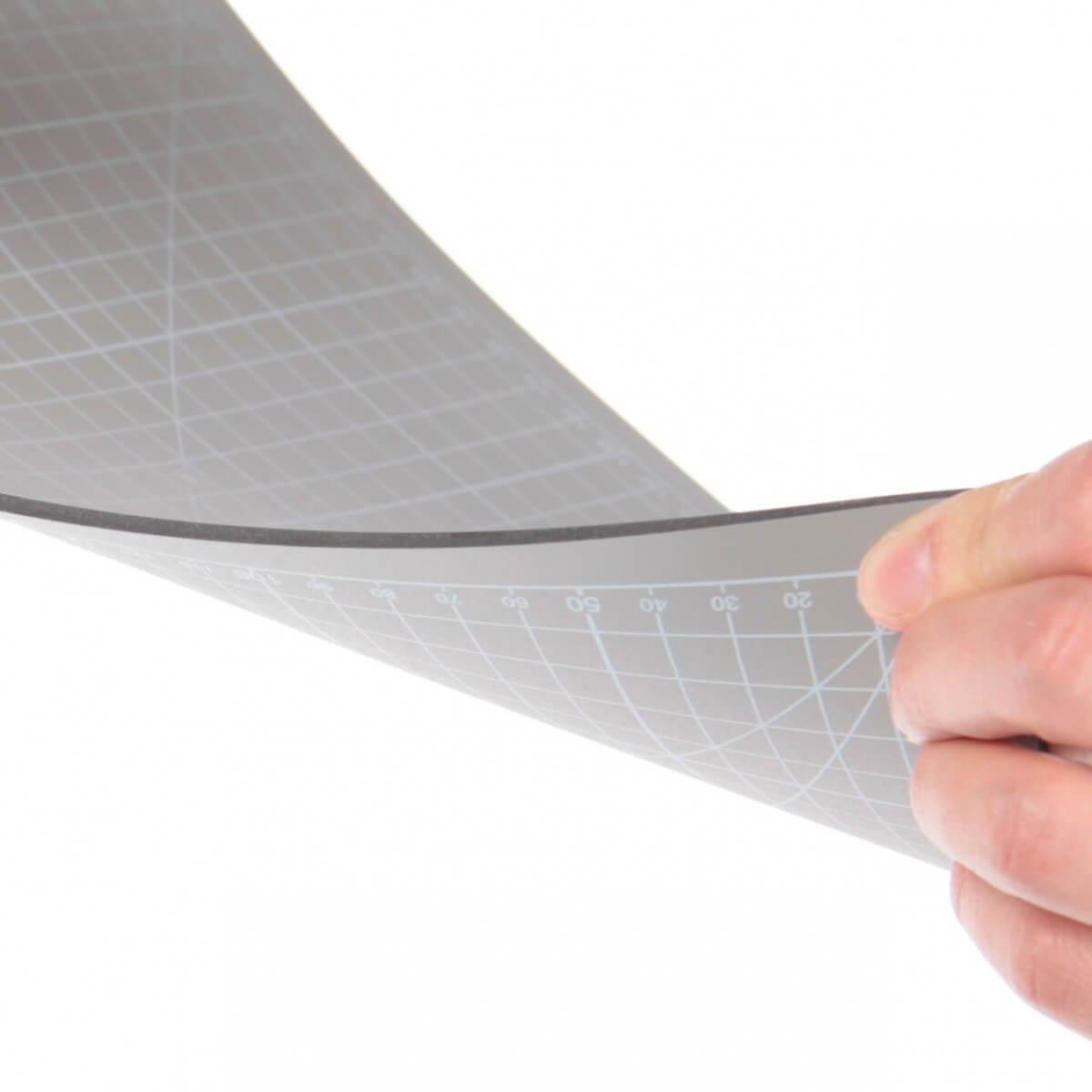 tapis de decoupe gris 30 x 22 cm