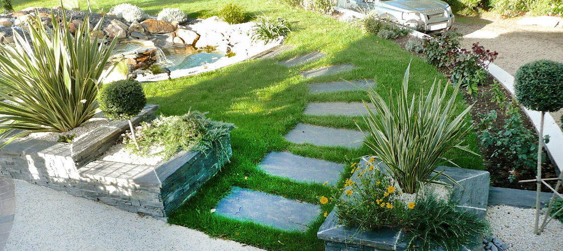 slider-jardin-avec-mare