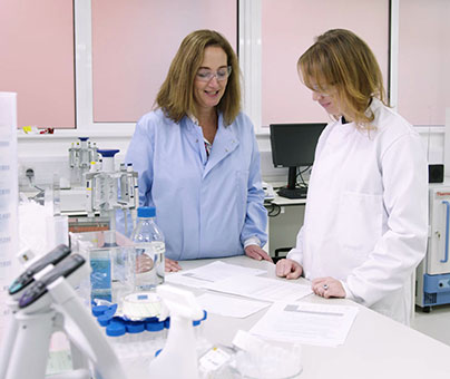 Fiona Marshall and a fellow scientist