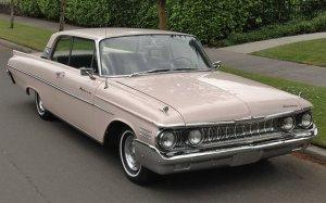 1961 Mercury Meteor 800