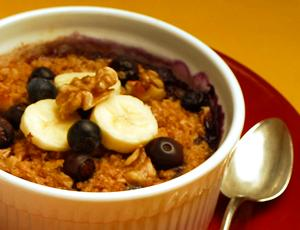 Baked Oatmeal with Bananas and Berries.