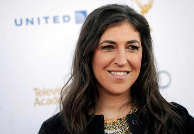 Actress Mayim Bialik poses at the 66th Emmy Awards Performers Nominee Reception on Saturday, Aug. 23, 2014, in West Hollywood, Calif. (Photo by Chris Pizzello/Invision/AP)
