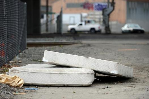 Illegally Dumped Mattresses Are Seen On Fifth Avenue In Oakland Jan 27 2017