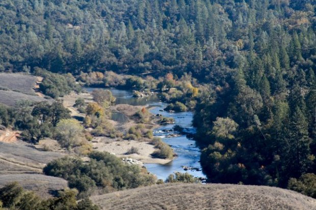 The hiking trails through Cronan Ranch yield spectacular views of rolling hills and the south fork of the American River. (Photo courtesy Alice Bourget)