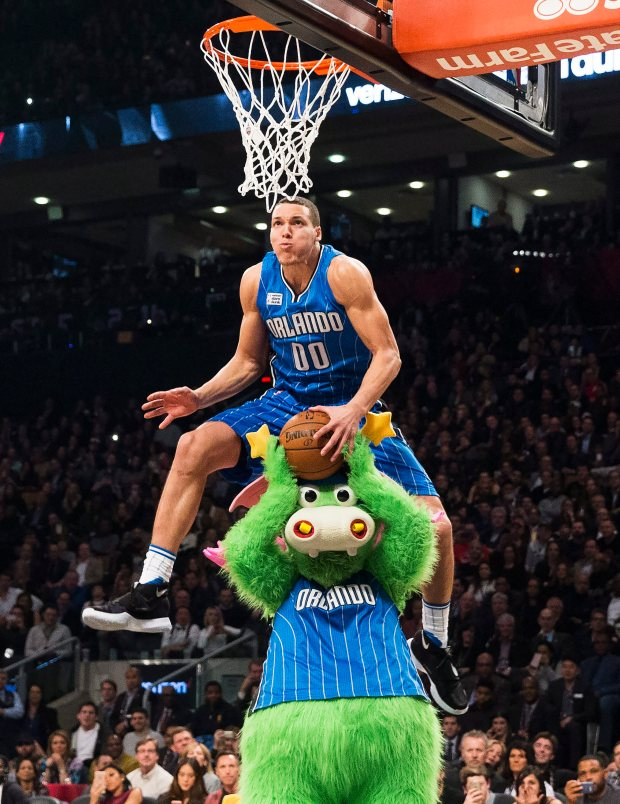 Orlando Magic forward Aaron Gordon slam dunks during the NBA all-star skills competition in Toronto on Saturday, Feb. 13, 2016. (Mark Blinch/The Canadian Press via AP) MANDATORY CREDIT