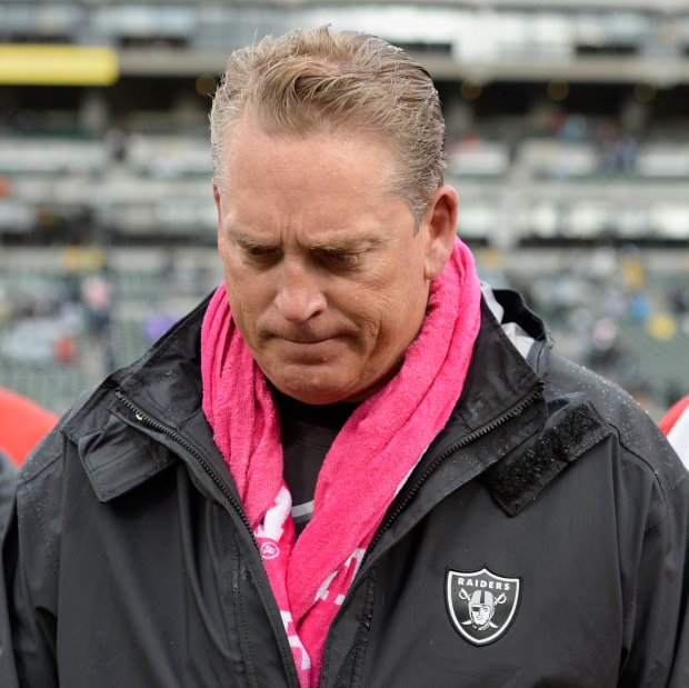 Oakland Raiders head coach Jack Del Rio walks off the field after congratulating Kansas City Chiefs head coach Andy Reid after their NFL game at the Coliseum in Oakland, Calif., on Sunday, Oct. 16, 2016. Kansas City defeated Oakland 26-10. (Jose Carlos Fajardo/Bay Area News Group)