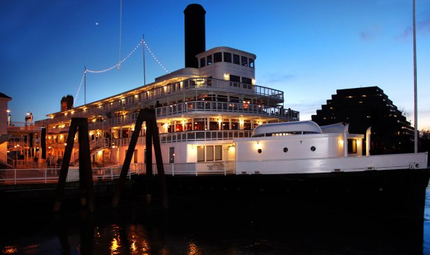 The historic Delta King, a paddle-wheeler moored in Old Sacramento, is a floating hotel these days. (VisitSacramento)