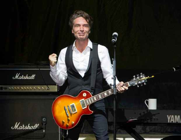 Richard Marx performs as the opener for Rod Stewart at Verizon Wireless Amphitheatre on Wednesday, July 15, 2015, in Atlanta. (Photo by Robb D. Cohen/Invision/AP)