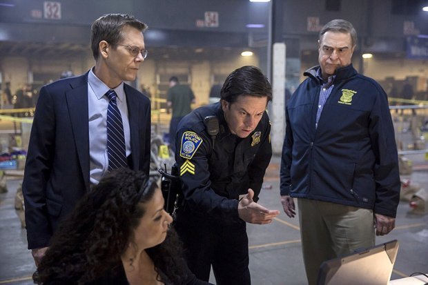 "Kevin Bacon, left, plays FBI Special Agent Richard DesLauriers, MarkWahlberg plays Boston Police Sergeant Tommy Saunders, and John Goodman plays Police Commissioner Ed Davis in ""Patriots Day."" (CBS Films/Lionsgate)"