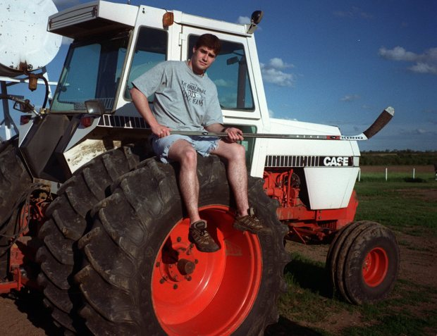 PHOTO: MIKE GUERSCH - MERCURY NEWS If taken, as expected, by the Sharks with the No. 2 pick Saturday, small-town boy Patrick Marleau, 17, will become the most promising draft pick in Sharks history. [970618 SP 1D 2] 6/18 MARLEAU SPORTS PAGE 1D Marleau on tractor at his family farm in Aneroid, Canada.