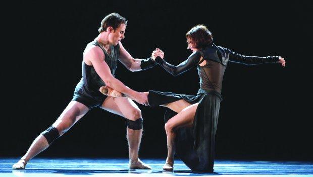 "Lorena Feijoo, right, and Luke Ingham in Liam Scarlett's ""FearfulSymmetries"" at San Francisco Ballet. (© Erik Tomasson)"