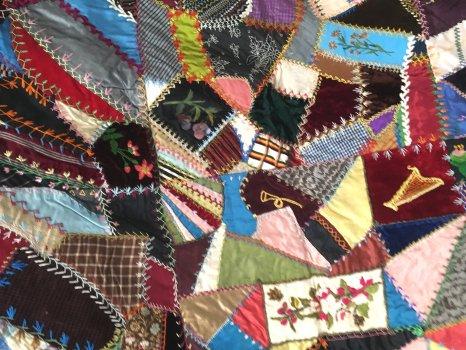 What S It Worth Victorian Era Crazy Quilt