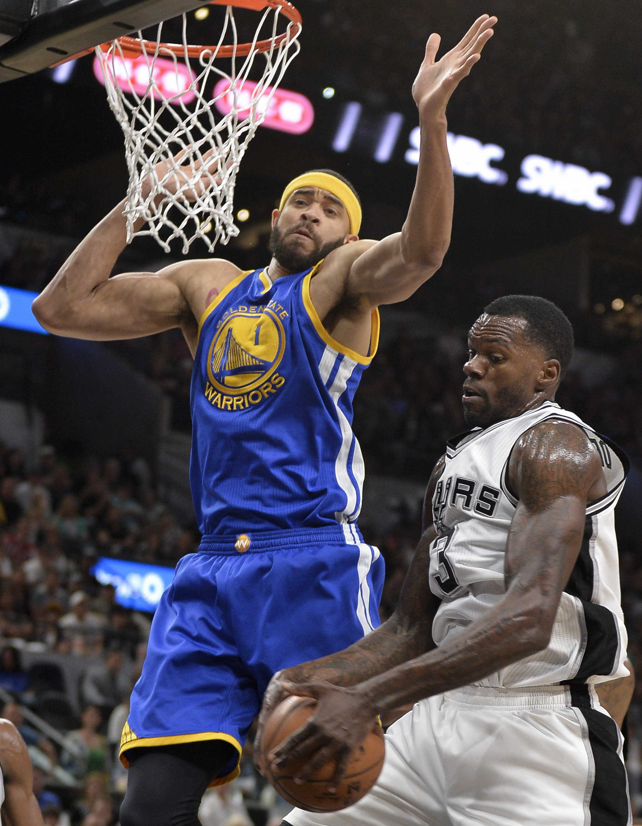 Spurs hammer Rockets to reach conference finals