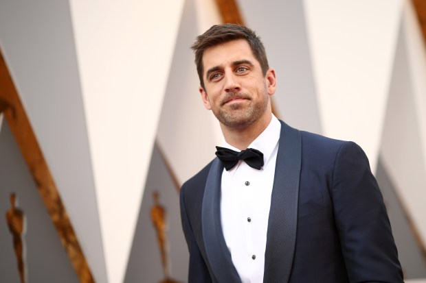 HOLLYWOOD, CA - FEBRUARY 28: Athelete Aaron Rodgers attends the 88th Annual Academy Awards at Hollywood & Highland Center on February 28, 2016 in Hollywood, California. (Photo by Christopher Polk/Getty Images)