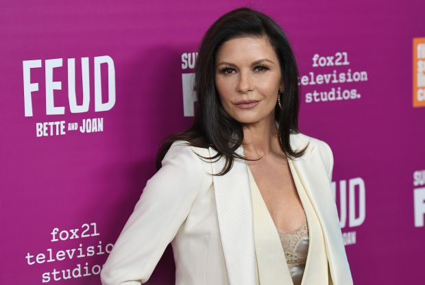 Actress Catherine Zeta-Jones attends the FX 'Feud: Bette And Joan' NYC event at Alice Tully Hall at Lincoln Center on April 18, 2017 in New York City. / AFP PHOTO / ANGELA WEISSANGELA WEISS/AFP/Getty Images