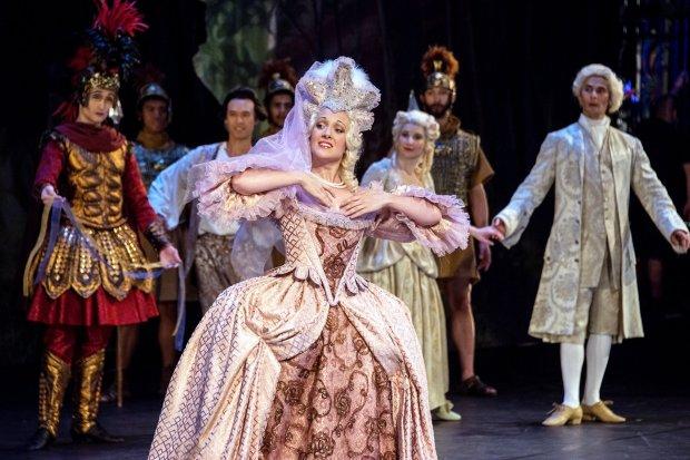 "Meggi Sweeney Smith, foreground, plays Venus in ""Le Temple de la Gloire"" byRameau. (Frank Wing)"