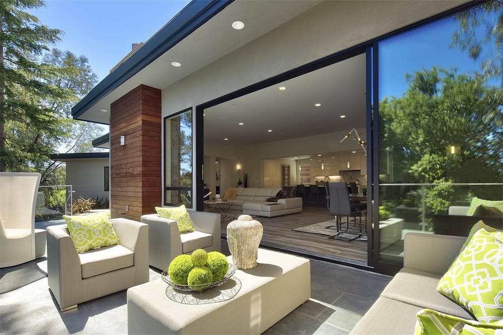 Home of the Week: Seamless indoor/outdoor living in ... on Seamless Indoor Outdoor Living id=96310