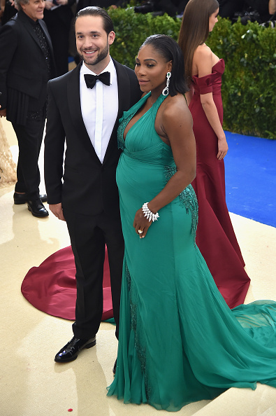 "Alexis Ohanian and Serena Williams (L) attend the ""Rei Kawakubo/Comme des Garcons: Art Of The In-Between"" Costume Institute Gala at Metropolitan Museum of Art on May 1, 2017 in New York City. (Photo by Theo Wargo/Getty Images For US Weekly)"