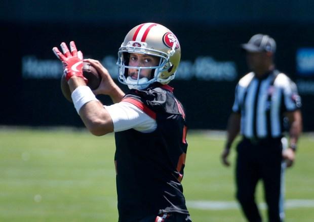 Quarterback Brian Hoyer (2) runs a passing drill in the San Francisco 49ers organized team activity at Levi's Stadium in Santa Clara, Calif., Wednesday, May 31, 2017. (Patrick Tehan/Bay Area News Group)