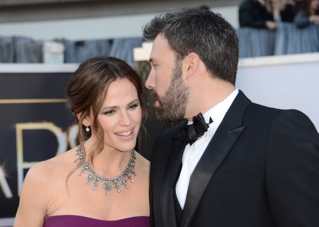 HOLLYWOOD, CA – FEBRUARY 24: Actress Jennifer Garner and actor-director Ben Affleck arrive at the Oscars at Hollywood & Highland Center on February 24, 2013 in Hollywood, California. (Photo by Jason Merritt/Getty Images)