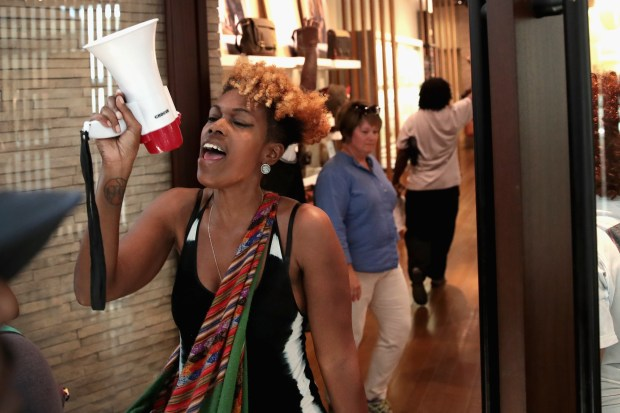 St. Louis protesters go to upscale malls, suburbs