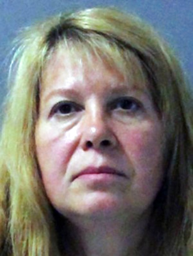 This photo provided by the Palm Beach County Sheriff's office shows Sheila Keen Warren, who was arrested Tuesday, Sept. 26, 2017, in Abington, Va. Sheriff's detectives say advances in DNA technology led to the arrest in connection with the 1990 fatal shooting of in Florida of Marlene Warren by an assailant dressed as a clown. (Palm Beach County Sheriff's office/Palm Beach Post via AP)