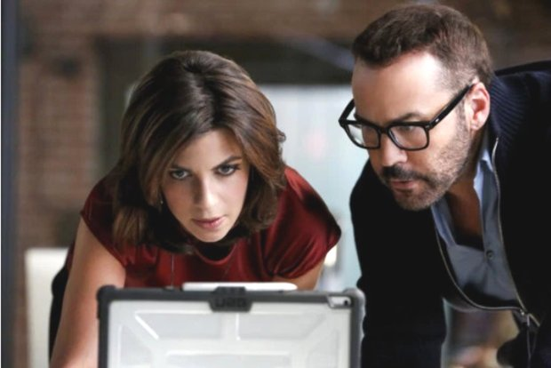 "Natalia Tena and Jeremy Piven in ""Wisdom of the Crowd."" (CBS)"