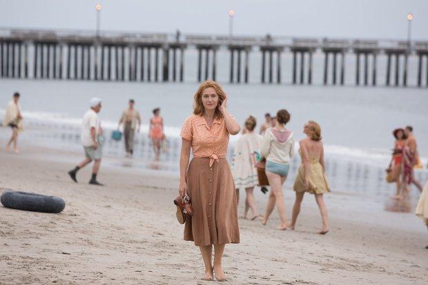 Kate Winslet in 'Wonder Wheel' (Amazon Studios)