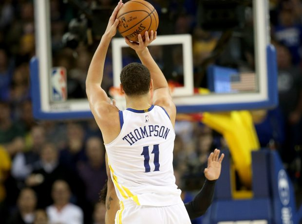 Golden State Warriors' Klay Thompson (11) misses the final shot of the game in the fourth quarter against the Sacramento Kings at Oracle Arena in Oakland, Calif., on Monday, Nov. 27, 2017. (Jane Tyska/Bay Area News Group)