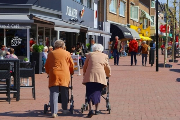 An AARP report indicates that people who live in neighborhoods with sidewalks are 47 percent more likely than people living in neighborhoods without sidewalks to be active at least 39 minutes a day