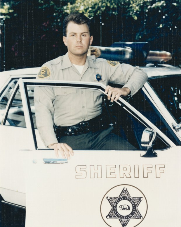 Los Angeles Deputy Dies 24 Years After Being Shot