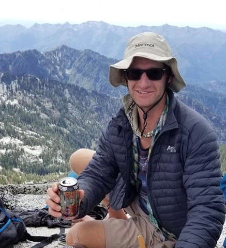 Authorities searching for hiker missing in Northern California wilderness